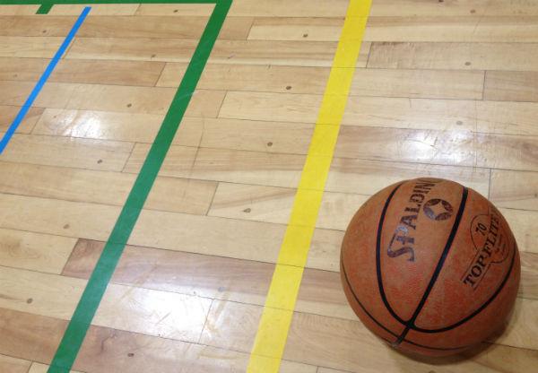 report-20130616-nareai-basketball-01