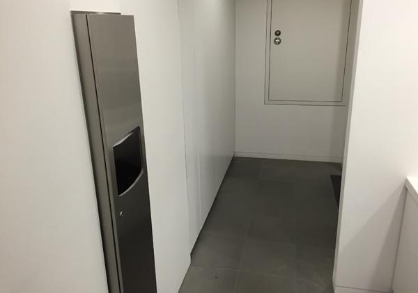 アップルストア銀座に行って、動画編集(iMovie)のワークショップを受講してきました。 | トイレの写真(2)